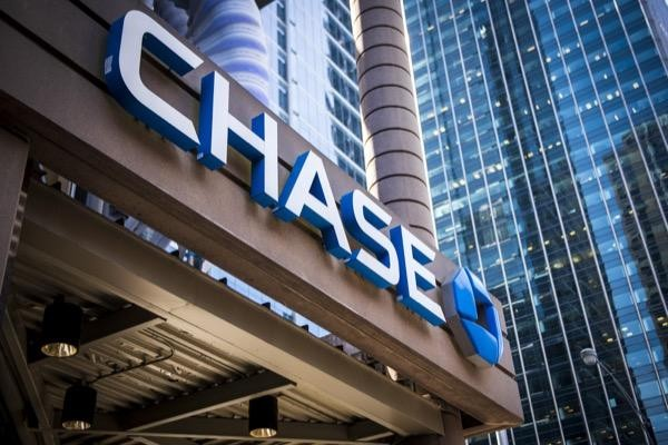Chase building before JPMorgan Chase Q2 earnings